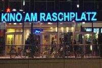 Kind oam Raschplatz