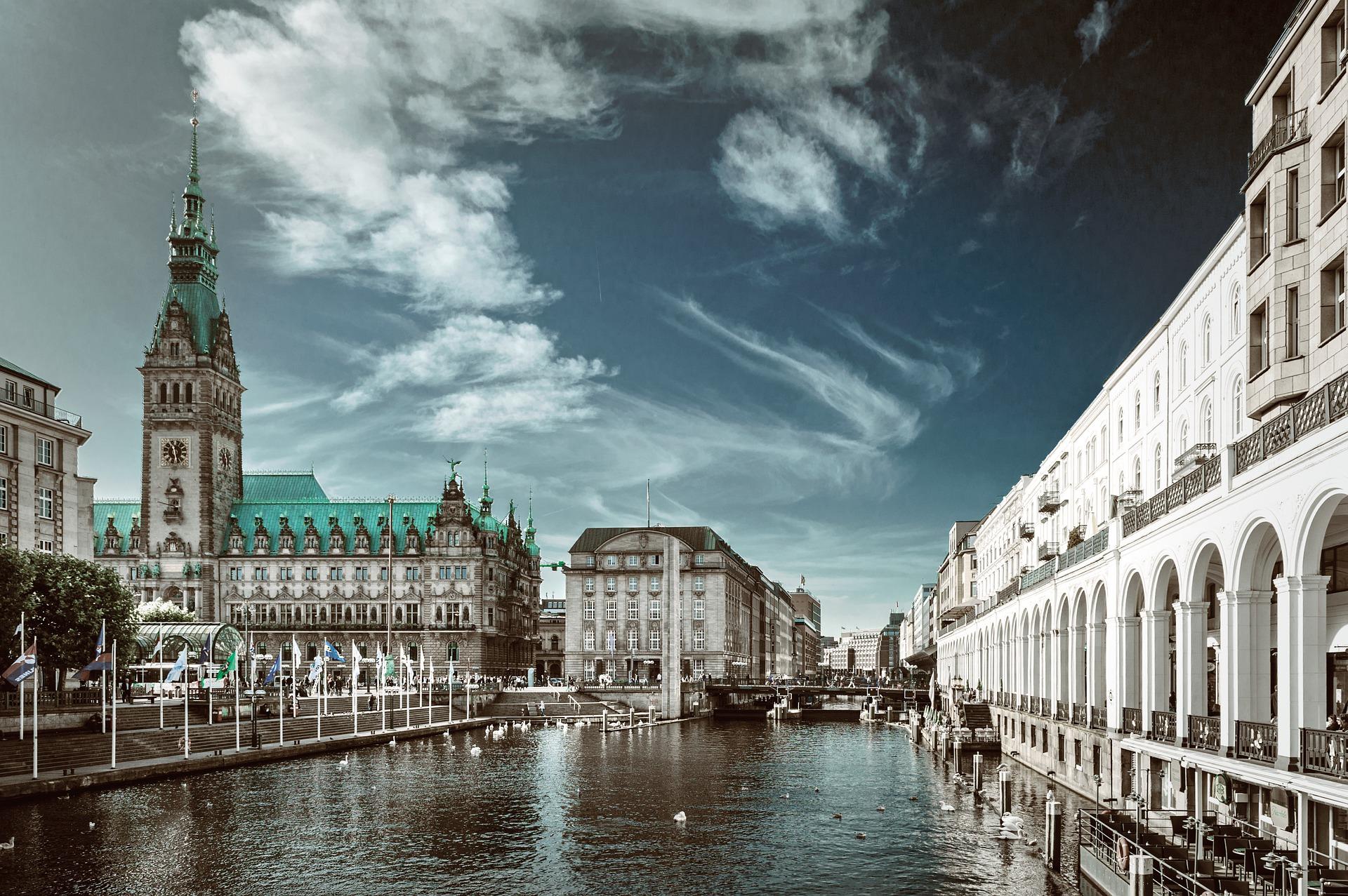 Liste d'entreprises françaises et allemandes liées à la France à Hambourg
